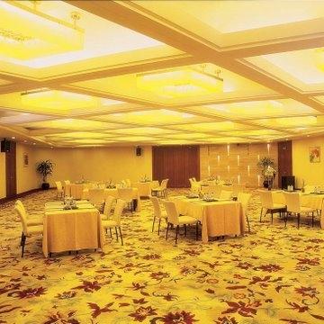 绿洲厅,3楼,层高2.9,容纳130人课桌会议