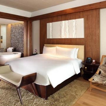 King bed room大床房