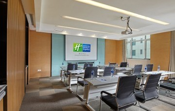 Holiday Inn Express Tangshan Down Town