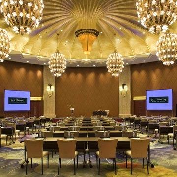 仕格厅,1楼,圆形,层高6.45,容纳300人课桌会议